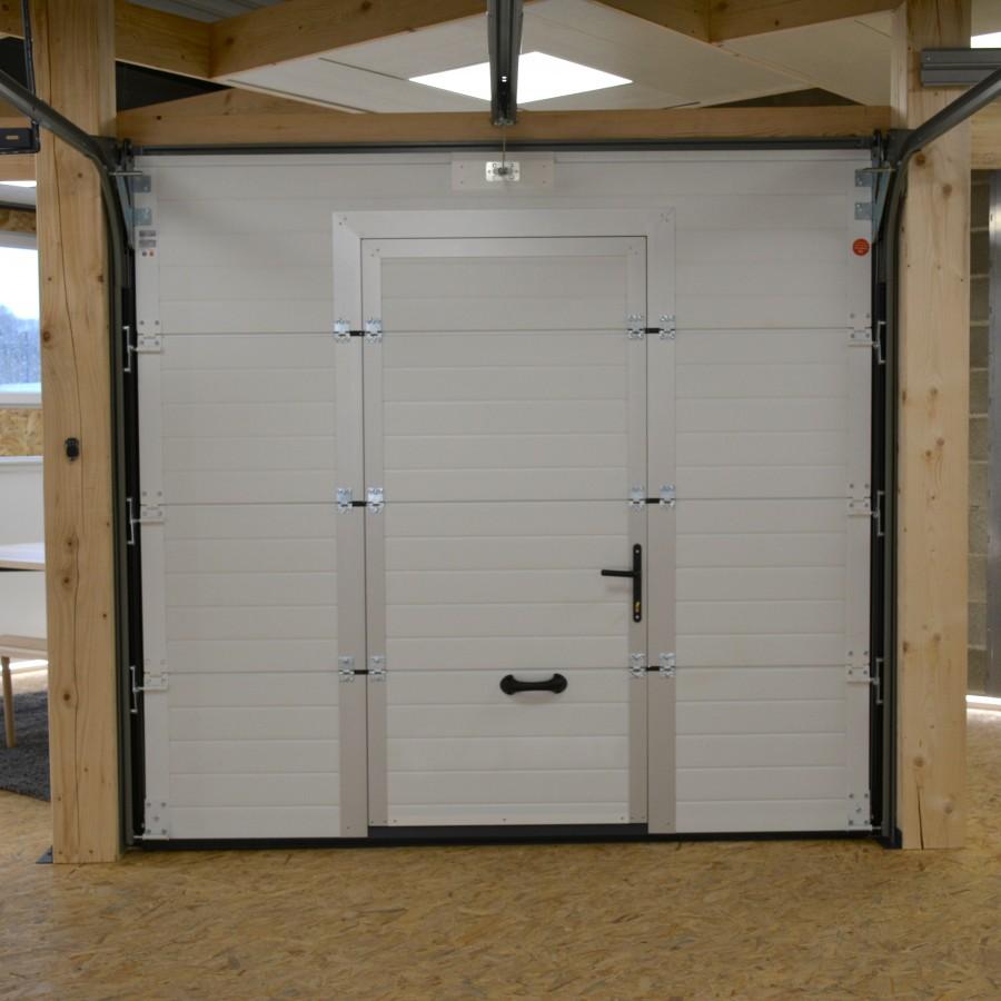porte de garage sectionnelle avec portillon pas cher. Black Bedroom Furniture Sets. Home Design Ideas