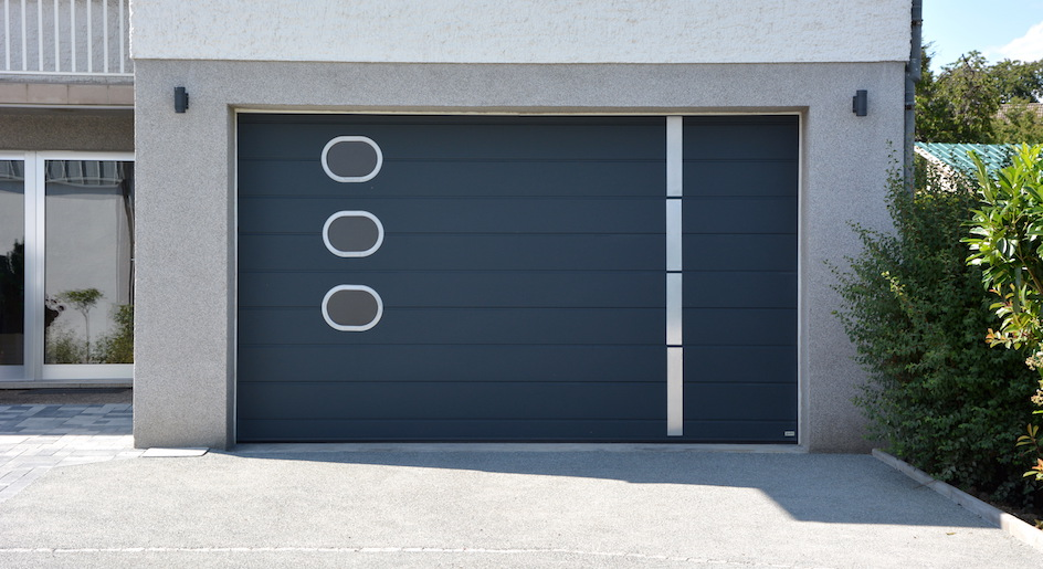 Fabricant de porte de garage sectionnelle motoris e for Porte de garage moss
